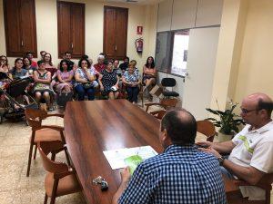 El alcalde de Santa Magdalena presenta el programa de Fiestas a las Asociaciones Locales
