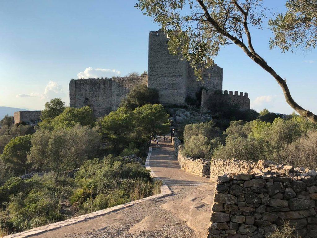 Santa Magdalena fomenta el turismo natural con el Castillo Polpís como principal exponente
